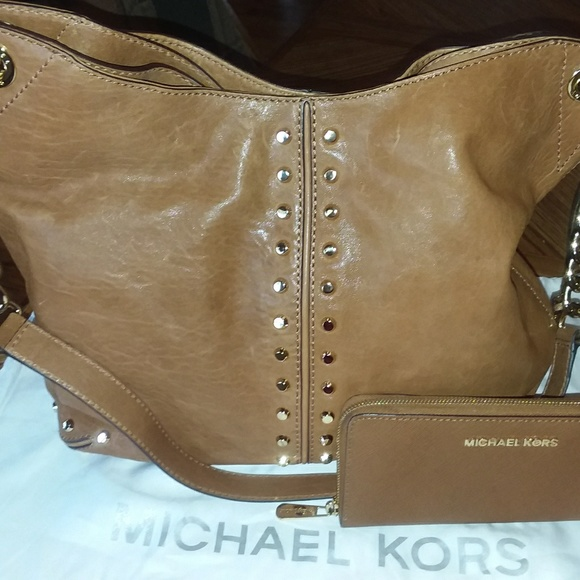 Michael Kors Handbags - Michael Kors Handbag